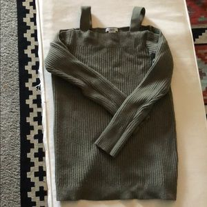 Bar III Off shoulder green sweater